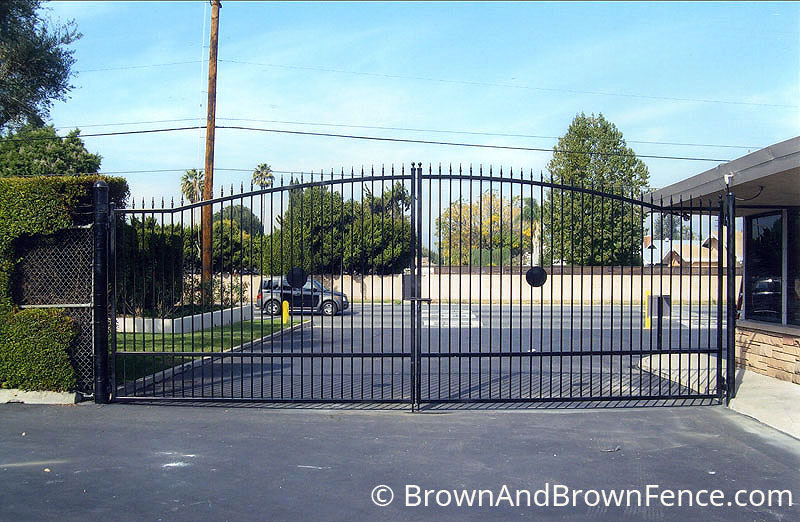 iron gate 01