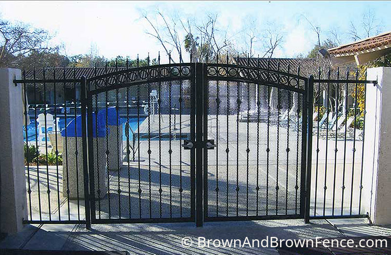 iron gate 05