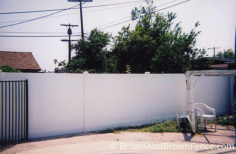 vinyl fence 5