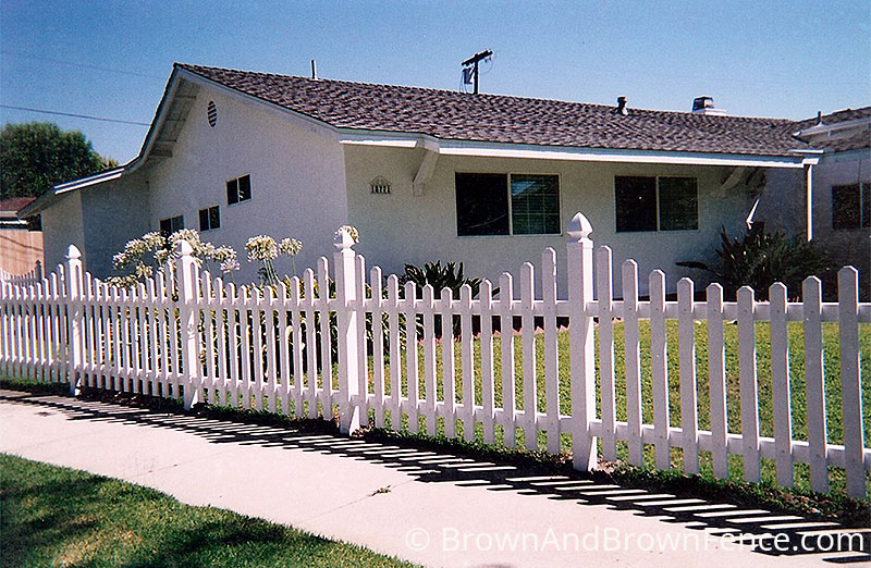vinyl fence 7