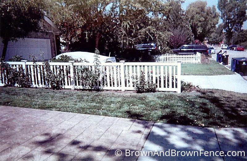 vinyl fence 8