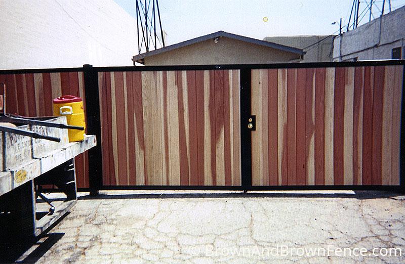 wood gate 01