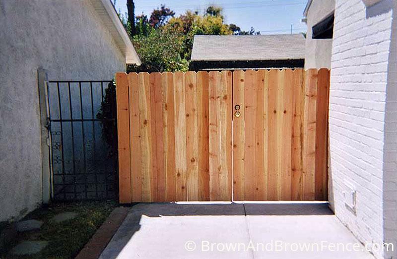 wood gate 07